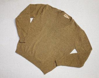 vintage 1960's -Ashley Knit- Men's V neck sweater. 'New Old Stock'. Olive brindle - Lambswool blend. Size 38 - 40
