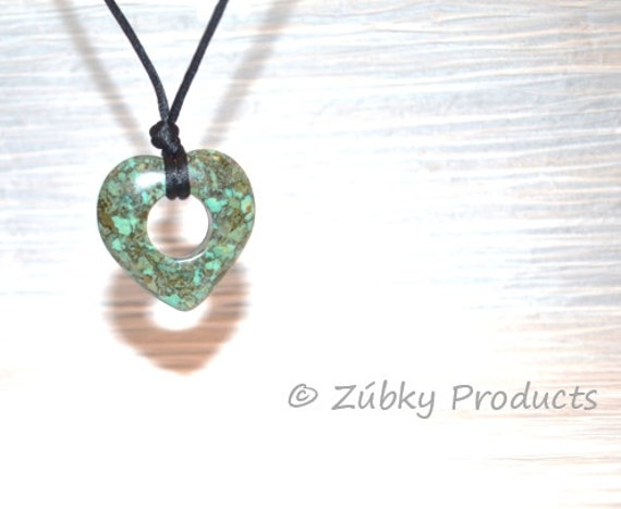 Zúbky Natural Stone Turquoise Heart Nursing Necklace for Breastfeeding and Babywearing