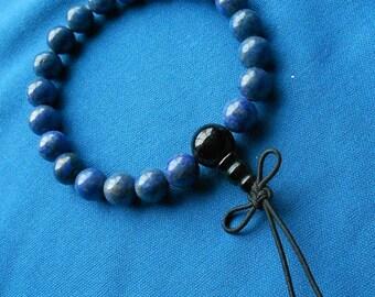 LAPIS LAZULI Prayer bracelet / Wrist mala: Dark royal blue with black onyx guru beads.