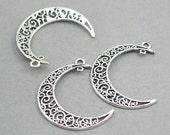 SALE 4 Filigree Crescent Moon Charms Antique Silver 4pcs zinc alloy pendant beads 31X40mm CM0741S