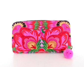 Flower Wallet Hand Embroidered Clutch Hill Tribe Fabric Fair Trade Thailand (BG800W-PIF)