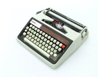 Vintage Typewriter, Manual Typewriter Brother Deluxe 1300, Light Grey Working Typewriter, 70s, Travel typewriter