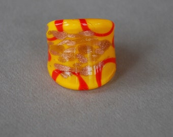 Vintage Murano Glass Ring Yellow Red Metallic Gold Large Statement Ring Size 7 1980's // Vintage Costume Jewelry
