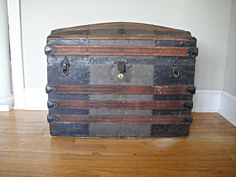 1860 S Barrel Top Steamer Trunk Antique Vintage Camel