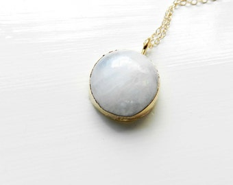 Moonstone necklace - Gold dipped