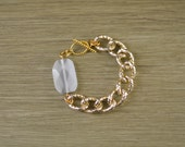 Chunky Gold Chain Bracelet with White Stone - Glass Bead Bracelet Jewely - Chunky Stone Bracelet - White and Gold Bracelet - Bead Bracelet