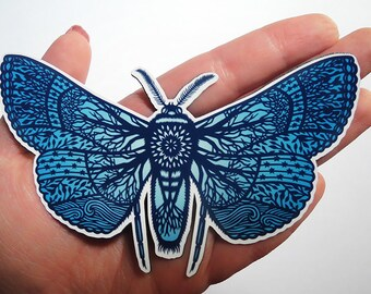 Magnet - Moth - Papercut Illustration Fridge Magnet
