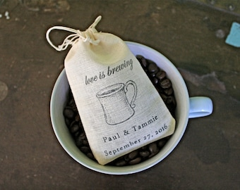 Wedding favor bags, set of 50 personalized coffee or tea favor bags. Love is Brewing with coffee cup design. Bridal shower, party favor bag.
