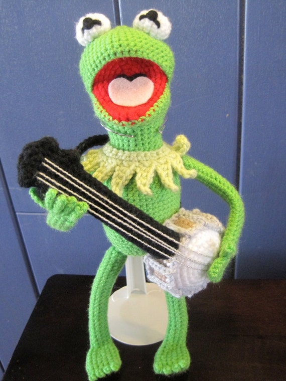 Free Crochet Pattern For Kermit The Frog Hat : Kermit the Frog Inspired Amigurumi Crochet Pattern