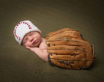 Baby Boy Baseball Beanie, Great Photo Prop, Hand Knitted, Newborn, Made to Order