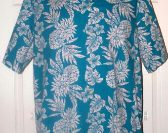 Hawaiian Shirt by Hanauma Bay - Mens Hawaiian Shirt - Vintage - Size L - Poly/Cotton