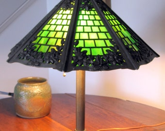 Vintage 1920s Victorian Bradley and Hubbard Table Lamp with Octagonal Slag Green Glass Shade