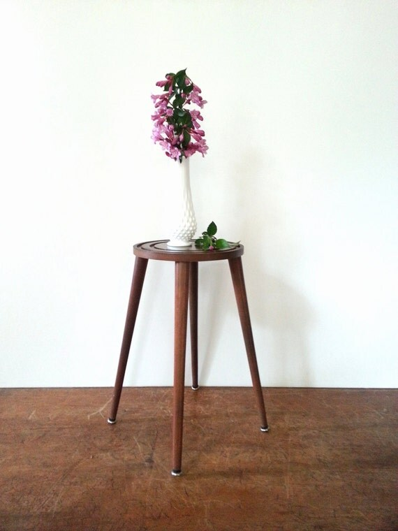 Plant Stand Side Table Mid Century Modern 50s 60s Danish Modern Round ...