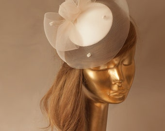 BRIDAL Ivory FASCINATOR with Dotted CRINOLINE . Wedding Mini Hat