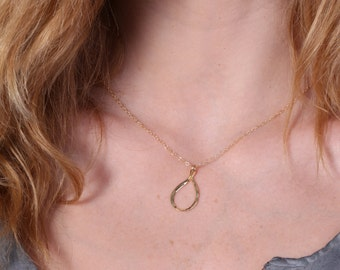 circle necklace,circle necklace gold,circle charm,circle charm necklace,circle pendant,necklace,karma necklace, jewelry
