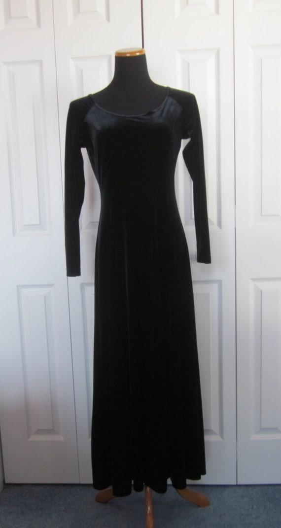 faite de velours noir vintage robe longue noir goth robe. Black Bedroom Furniture Sets. Home Design Ideas