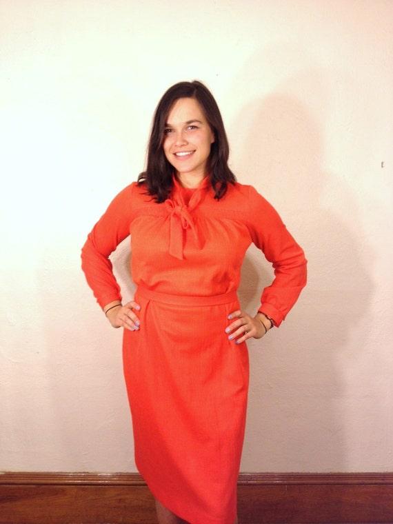 Bright Orange Bleeker Street Long Sleeve Dress With Tie Collar Bow Neck M 8 60s 1960 70s 1970s