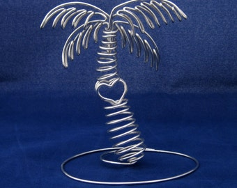 Wire Palm Tree With Heart