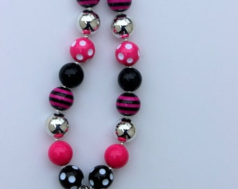 girls chunky necklace initial personalized girls pink black bubblegum necklace girls chunky bubble gum bead necklace chunky bead necklace