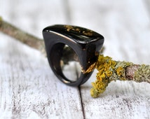 Minimal Black Resin Ring With Gold Flakes - Size 7 Black Ring - Resin Jewelry