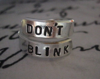 Doctor Who, Don't blink, Doctor Who Jewelry, Anniversary Gifts for Men, Twist Ring, Ring, Dr Who Jewelry, Geekery jewelry, His And Hers
