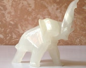 White Onyx Elephant .. Vintage Hand Carved White Onyx Art Deco Elephant Home Decor Statue .. Vintage Elephant Statue