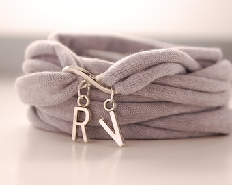 Les amoureux initiale Wrap Bracelet avec infini charme lumière gris Stretch poignet manchette Fashion Accessoires femmes ados poignet tatouage Cover