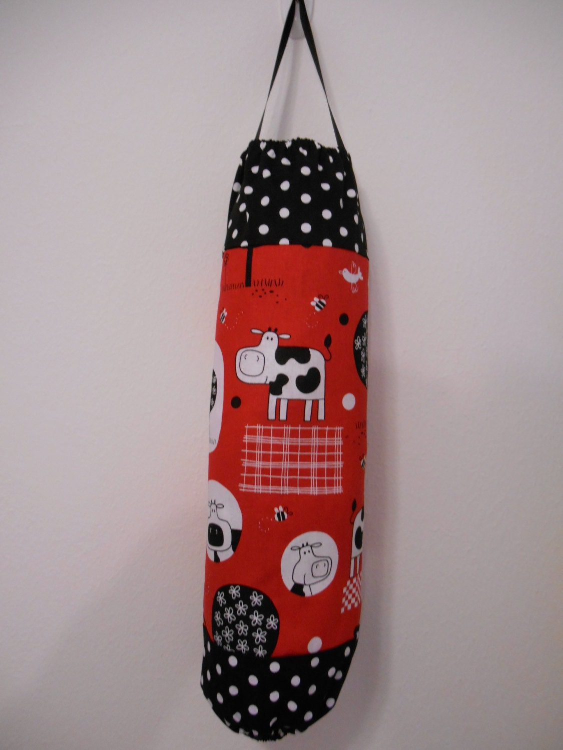 plastic bag holder grocery bag dispenser red and black farm. Black Bedroom Furniture Sets. Home Design Ideas