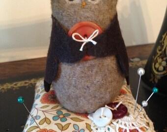 Sweet owl pincushion