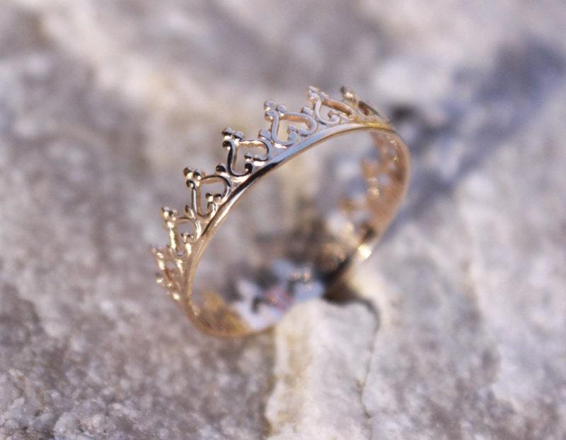 14k solid gold crown ring princess ring tiara stacking ring. Black Bedroom Furniture Sets. Home Design Ideas