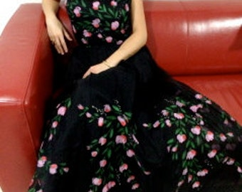 FREE SHIPPING 1950's  Couture Hand Painted  Gown