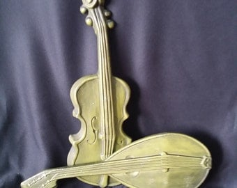 FREE SHIPPING Vintage Mid Century Olive Green Cast Aluminum Mandolin and Violin Hanging Wall Art