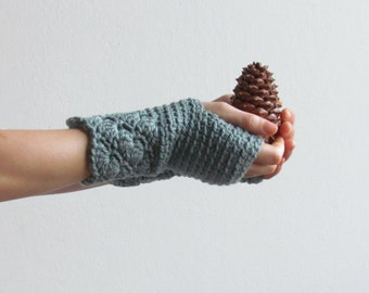 Fingerless gloves in grey green/lacey driving gloves/Wool wrist warmers/CHOOSE YOUR COLOR (28 Colors)