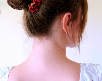 how to use a bobby pin in a bun