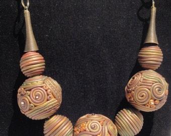 Fillagree necklace with Swarovki crystals