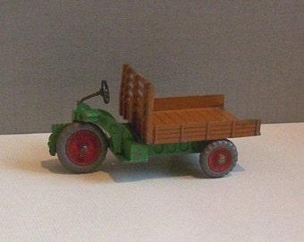 Vintage Meccano Dinky Toy 27G Farm Motocart