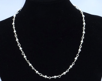 Beaded chain silver necklace