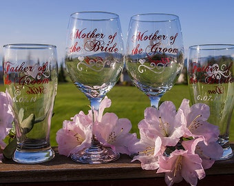 Mother of the Bride wine glass 18.5 oz, Father of the Groom, Mother of the Groom, Father of the Bride. This listing is for one glass