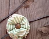 Honeydew // cotton flower elastic headband