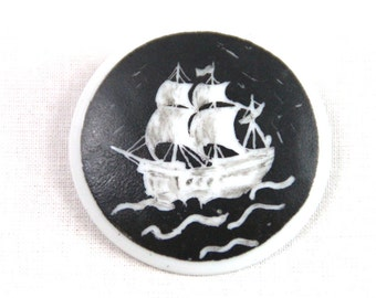 Nautical Vintage Pin Procellaine Brooch Sailboat handpainted 60s Baltic Sea Denmark