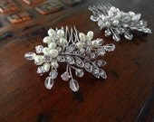 Wedding Hair Comb with Pearls Crystals and Rhinestone Leaves, Wedding Headpiece, Bridesmaid Gift