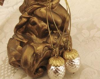 Acorn Earrings Vintage Pearly Pearl Jewelry Nature Jewelry Fall Jewelry Autumn jewelry Pearl Earrings Vintage Acorn Jewelry Handmade