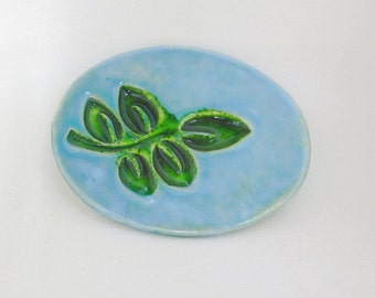 Ceramic Decorative Collectible Glassy Leaf Plate Jewelry or Ring Dish Home Decor Soap Dish