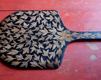 OOAK pizza peel - upcycled -wood burned ivy blossom design - bread board serving tray dining entertaining -gourmet gift