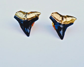 Large black enamel shark teeth studs