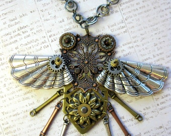 Steampunk Clockwork Beetle Necklace with Moving Wings