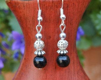 Black Earrings, Filigrane Earrings, Beaded Earrings, Silver Earrings