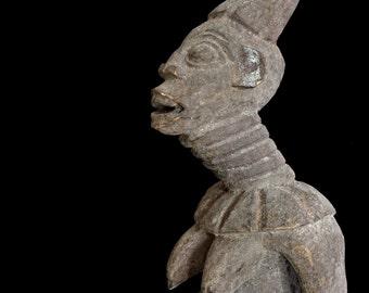 Outstanding Bangwa Royal Queen Ancestor Female Figure - Statue - Sculpture / African Art (Cameroon)
