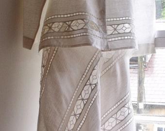 Vintage UK12US8EU40 white linen suit/bridal outfit/special occasion , Oriati
