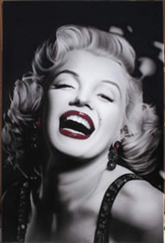 Free Marilyn Monroe Black And White Red Lips Canvas